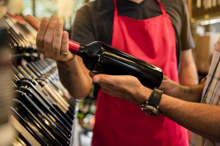 Cara Membeli Wine: Bantu Penjual Agar Dapat Membantu Anda
