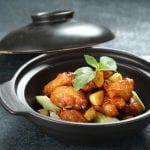 대만의 노란 닭고기와 3가지 향신료 요리