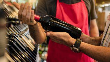 와인 구매 법: 점원의 도움 받기