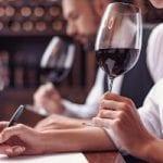 Những lời khuyên hàng đầu về rượu vang sẽ giúp bạn trở thành người sành rượu vang