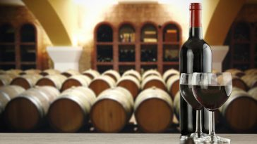 为什么陈酿葡萄酒?什么时候陈酿葡萄酒?