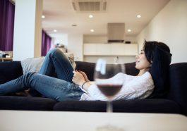 8条隔离期内多种类阅读的葡萄酒搭配建议