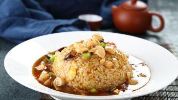 """福建海鲜烩饭与""""莫哈斯娜(Morassina)""""巴贝拉阿尔巴DOC葡萄酒"""
